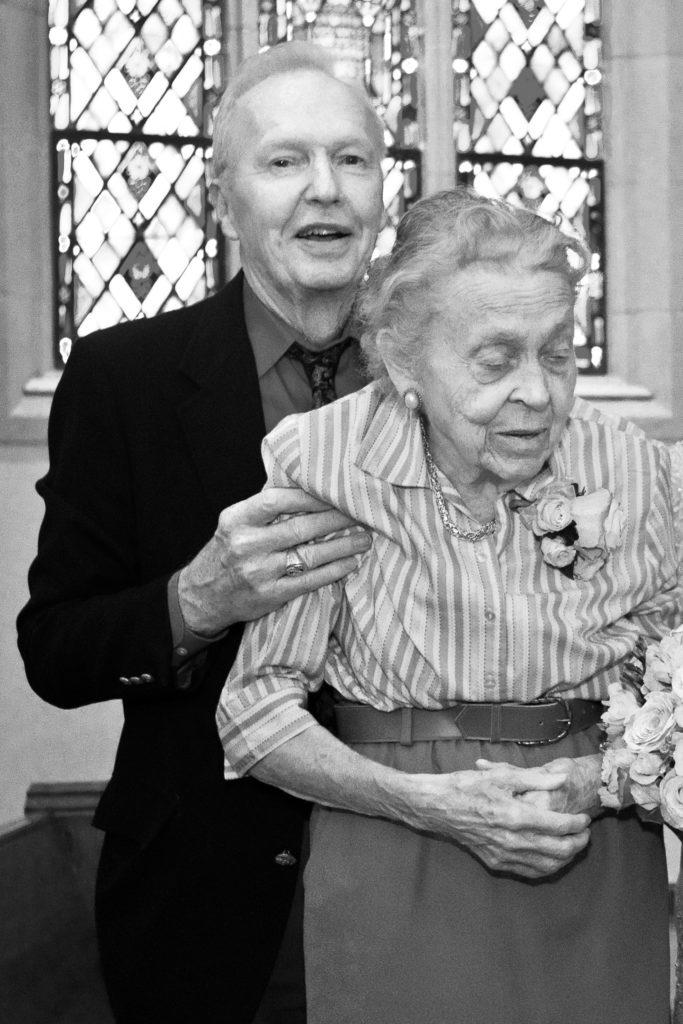 Elizabeth Elliot and Lars Gren